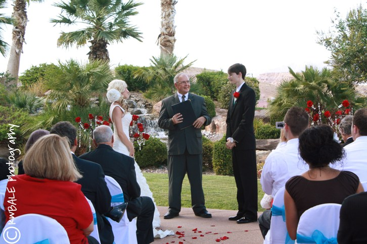 summer wedding ceremony ideas A Summer wedding ceremony on the Terrace in