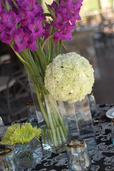 unique and creative reception flowers