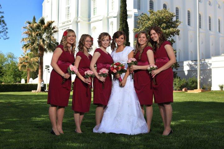 fuchsia bridesmaids bouquet